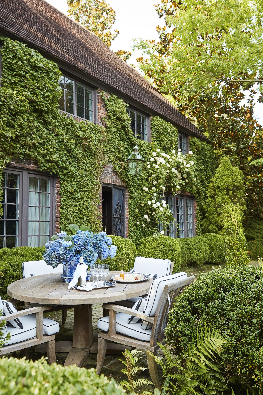 16 Patio Ideas for a Beautiful Backyard - Designer Backyard Ideas