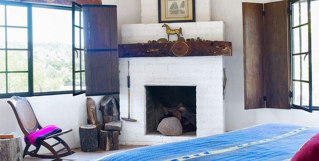 10 Painted Brick Fireplaces, Painted Brick Fireplace Color Ideas