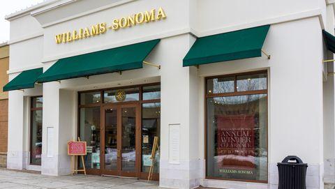 Williams-Sonoma Retail Store Exterior
