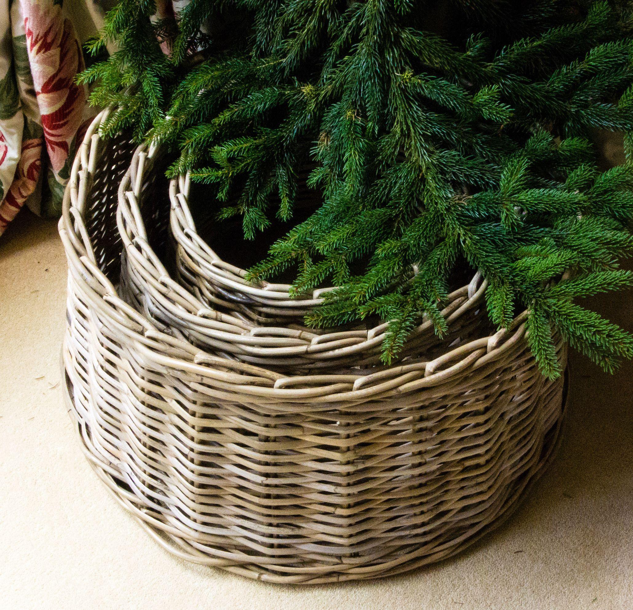 Best Christmas Tree Skirts Wicker Christmas Tree Skirts Gold