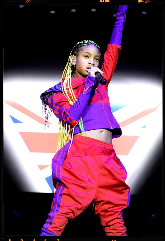 Performance, Bailarina, Moda, Artes Performativas, Palco, Show de talentos, Evento, Dança, Design de Moda, Performance art,