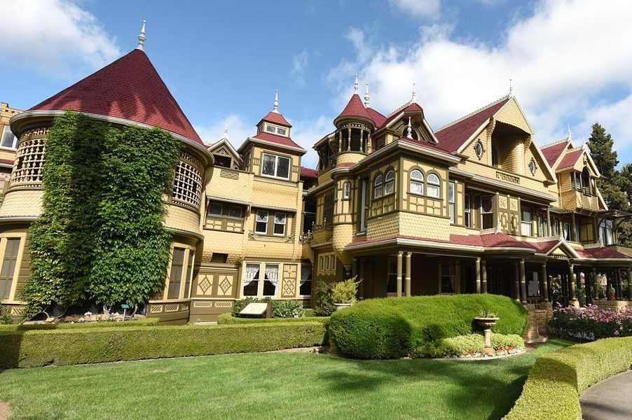 Sarah Winchester Mystery House The Bizarre True Story New Movie About The Winchester House