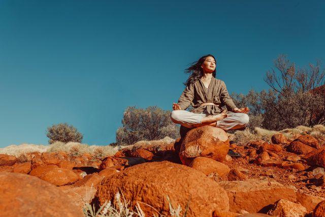 佐々木えり 瞑想