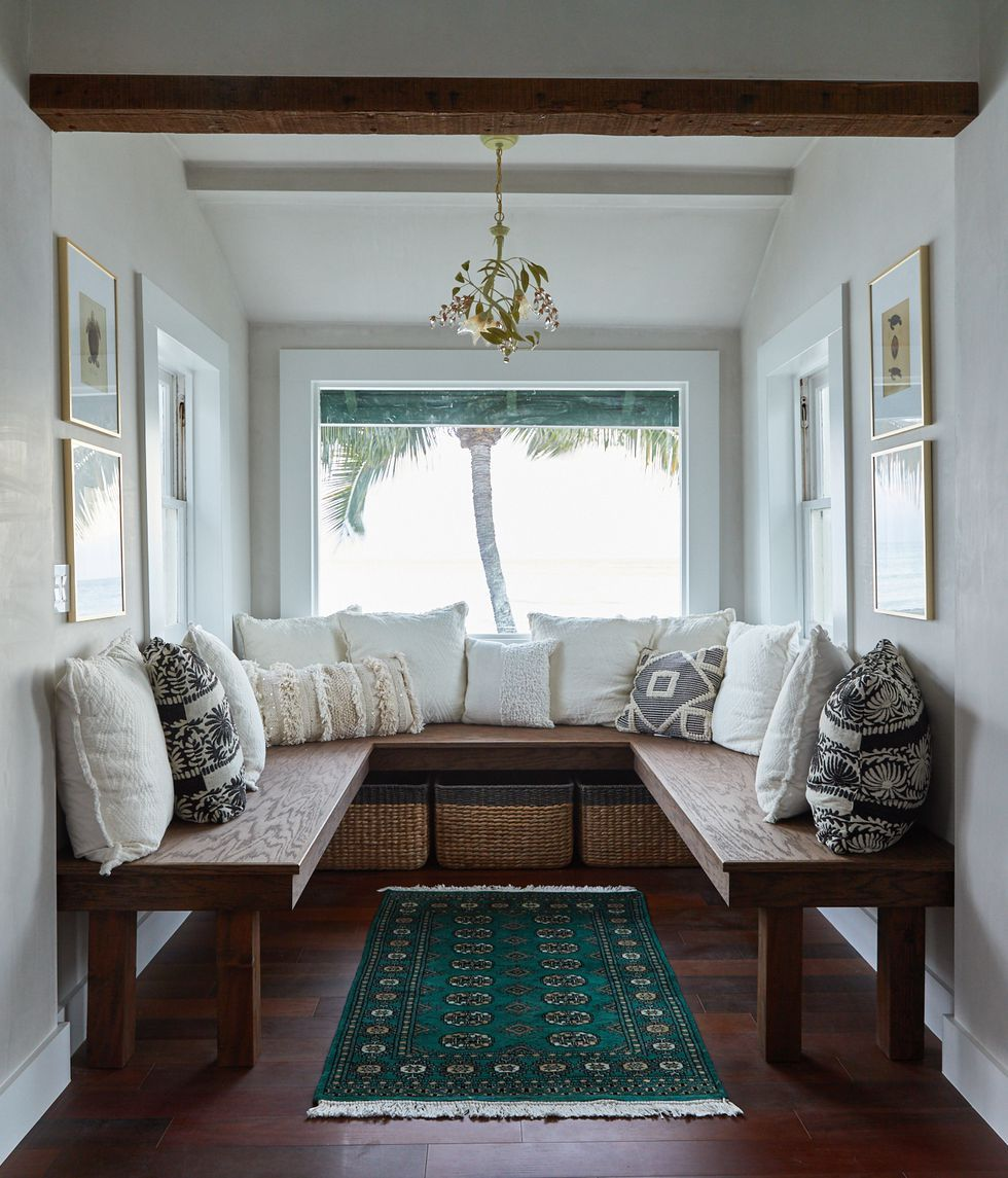 Brilliant 20 Cozy Window Seat Ideas Inspiring Seating For Any Home Pabps2019 Chair Design Images Pabps2019Com