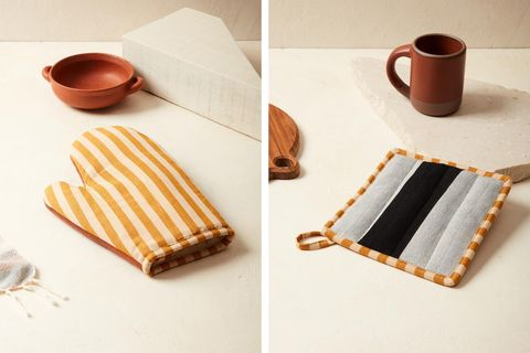 sol oven mitts and potholders