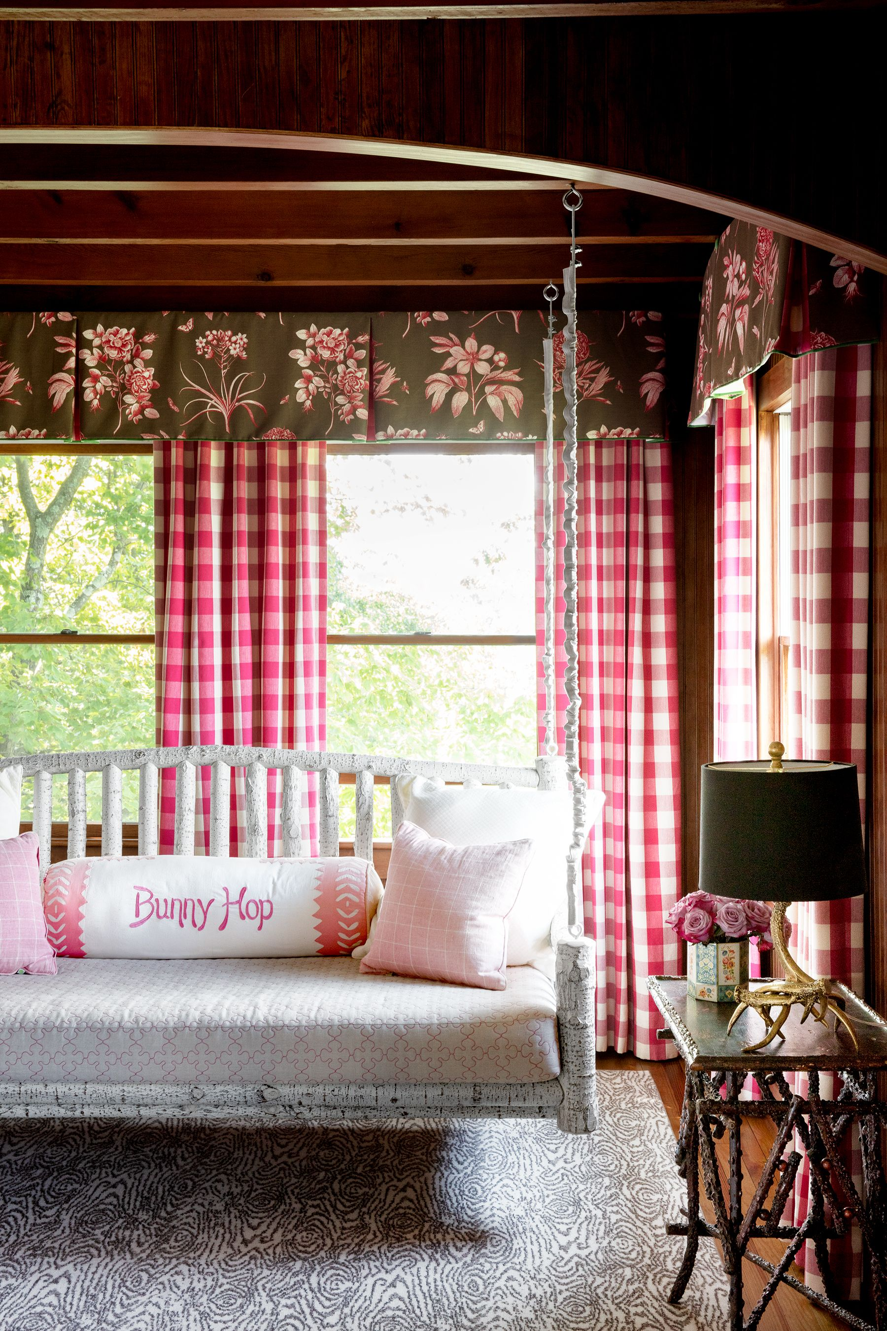 House Beautiful & 35 Best Window Treatment Ideas - Modern Window Coverings Curtains ...