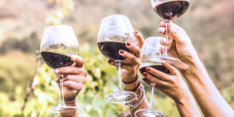 Champagne stemware, Stemware, Wine glass, Drink, Drinkware, Alcohol, Wine, Alcoholic beverage, Glass, Red wine,