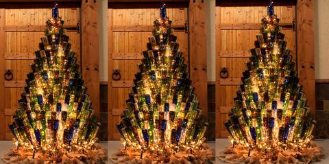 wine bottle christmas tree - Ways To Decorate A Christmas Tree