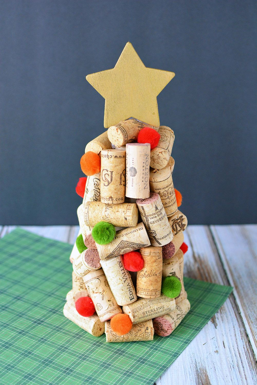 50 Easy Christmas Crafts for Adults to Make - DIY Ideas for Holiday Craft Projects