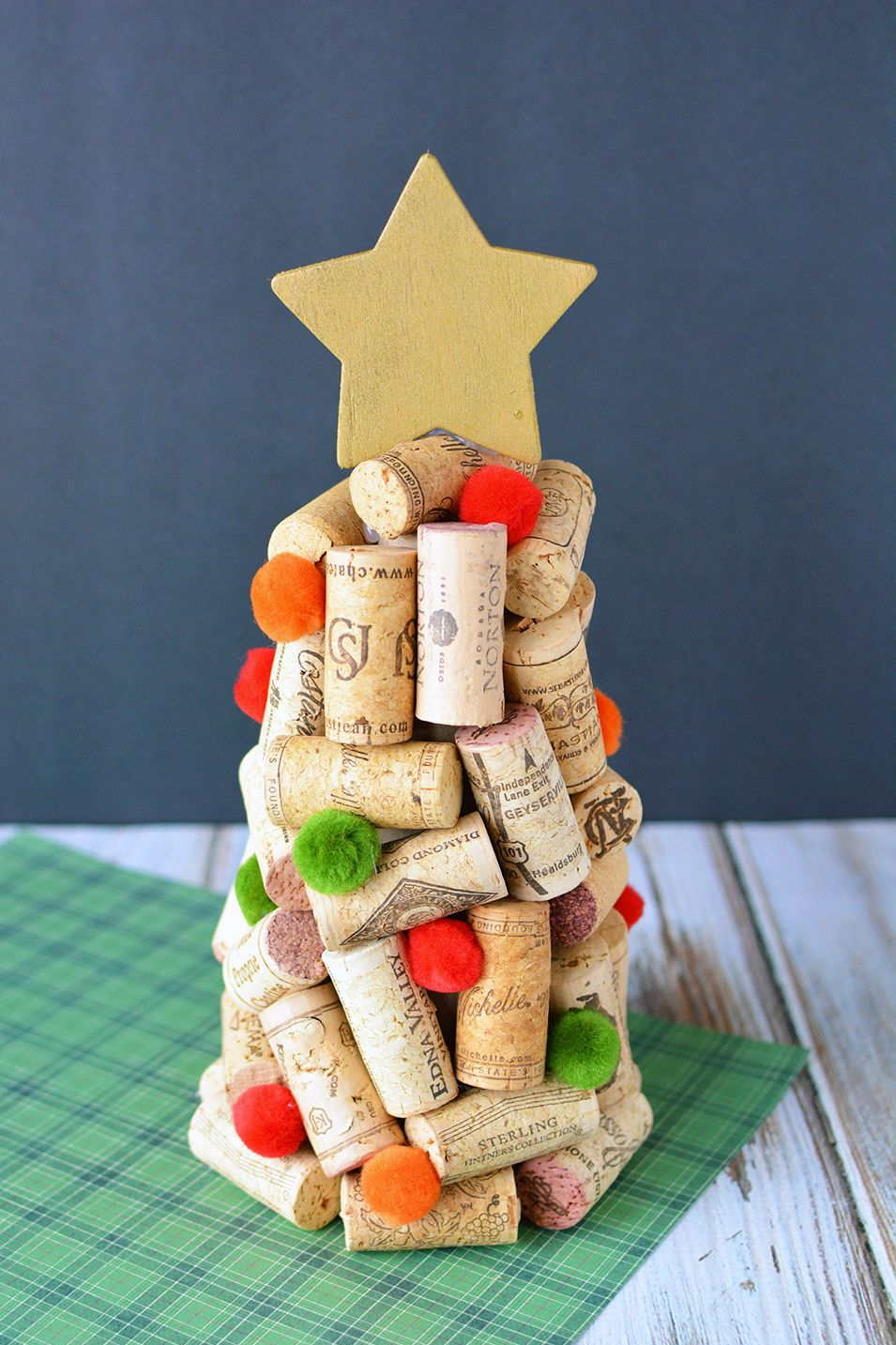 wine cork christmas tree craft