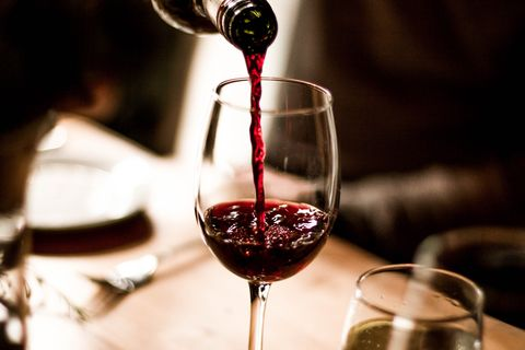 喝紅酒助眠瘦身