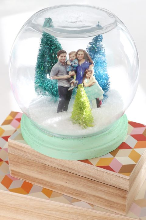 winter crafts family portrait snow globe