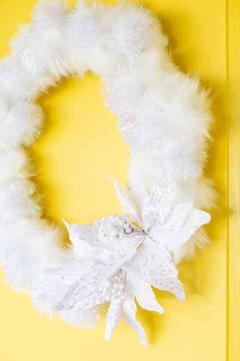 winter crafts white wreath