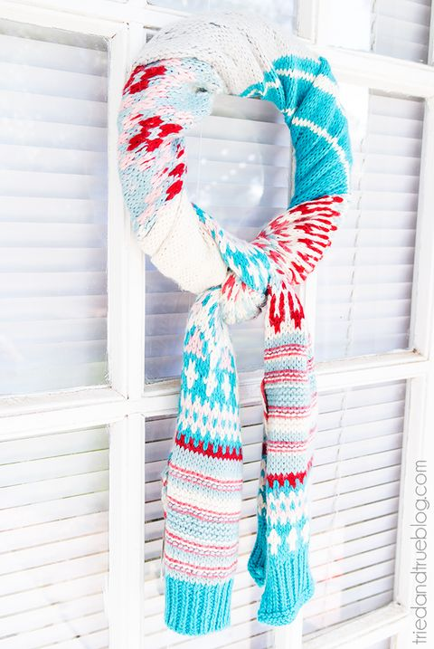 winter crafts scarf wreath