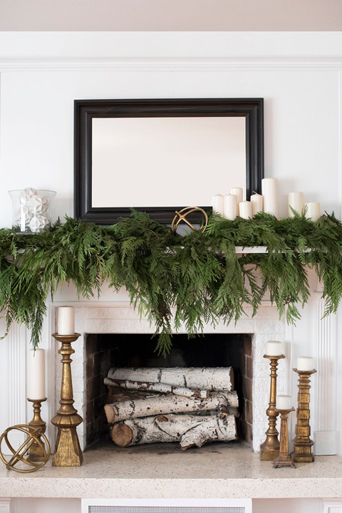 winter decorating ideas mantel decor - Beautiful Mantel Christmas Decorations