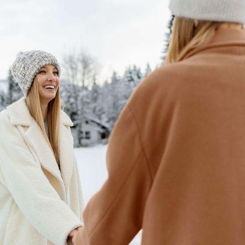 White, Beanie, Clothing, Skin, Winter, Beauty, Fashion, Outerwear, Headgear, Fur,