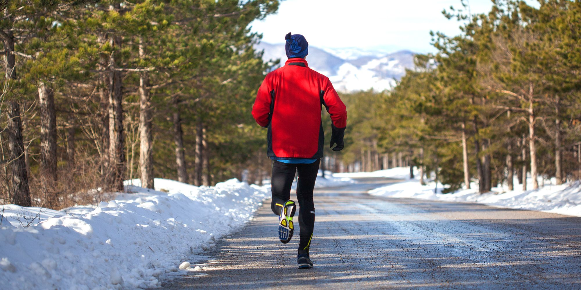 The Best Winter Running Gear for 2019 - Winter Running Clothes for ... 696d24fc0