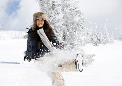 Winter, Human, Freezing, Playing in the snow, Snow, People in nature, Headgear, Geological phenomenon, Winter sport, Fur,