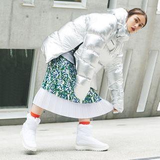 White, Fashion, Footwear, Photography, Trousers, Shoe, Street fashion,