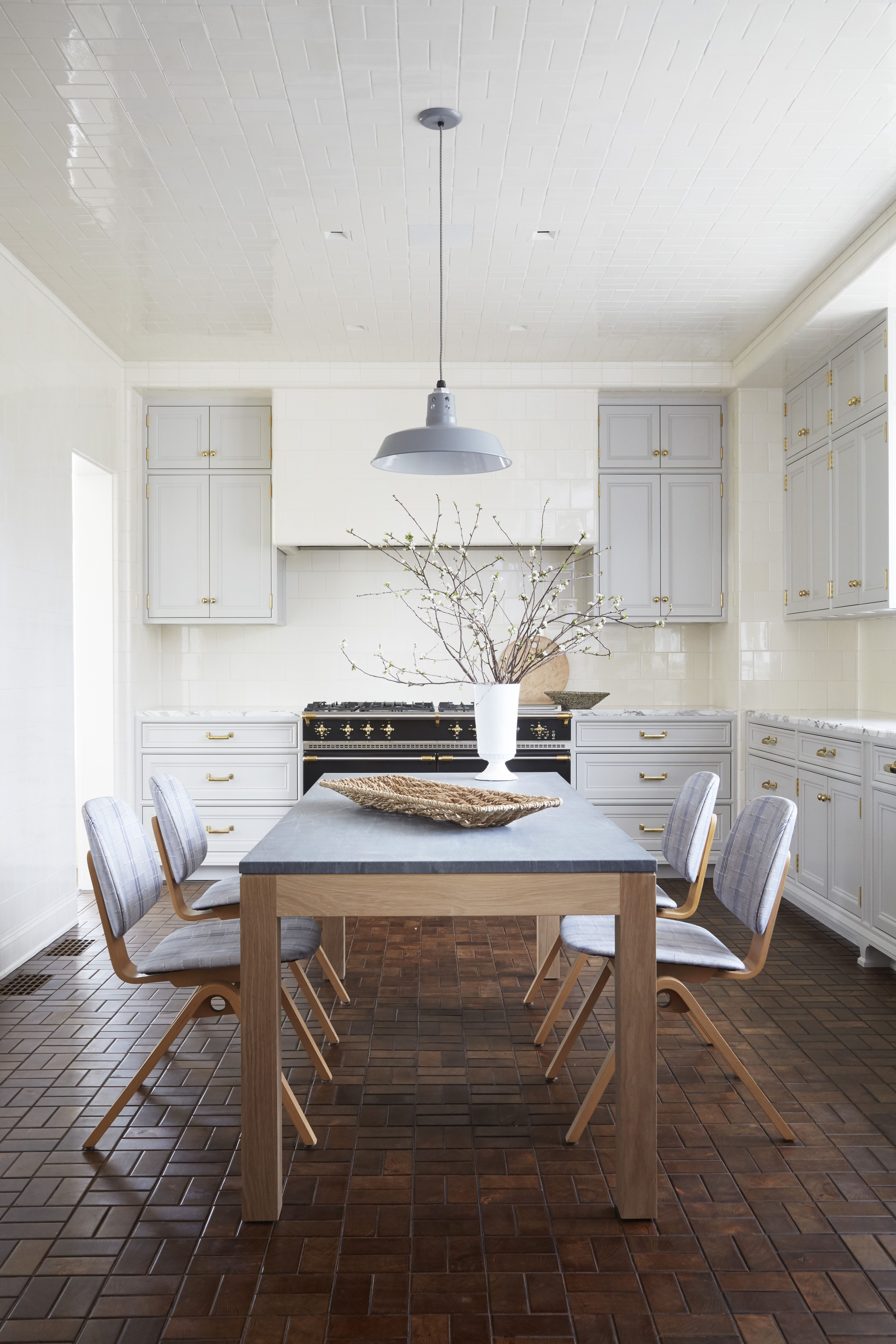 how to choose an interior paint color best wall paint colors by state rh housebeautiful com