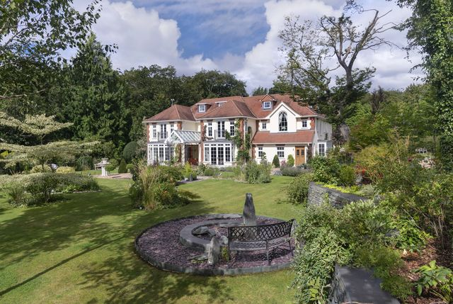 front view of wisteria house in beaconsfield