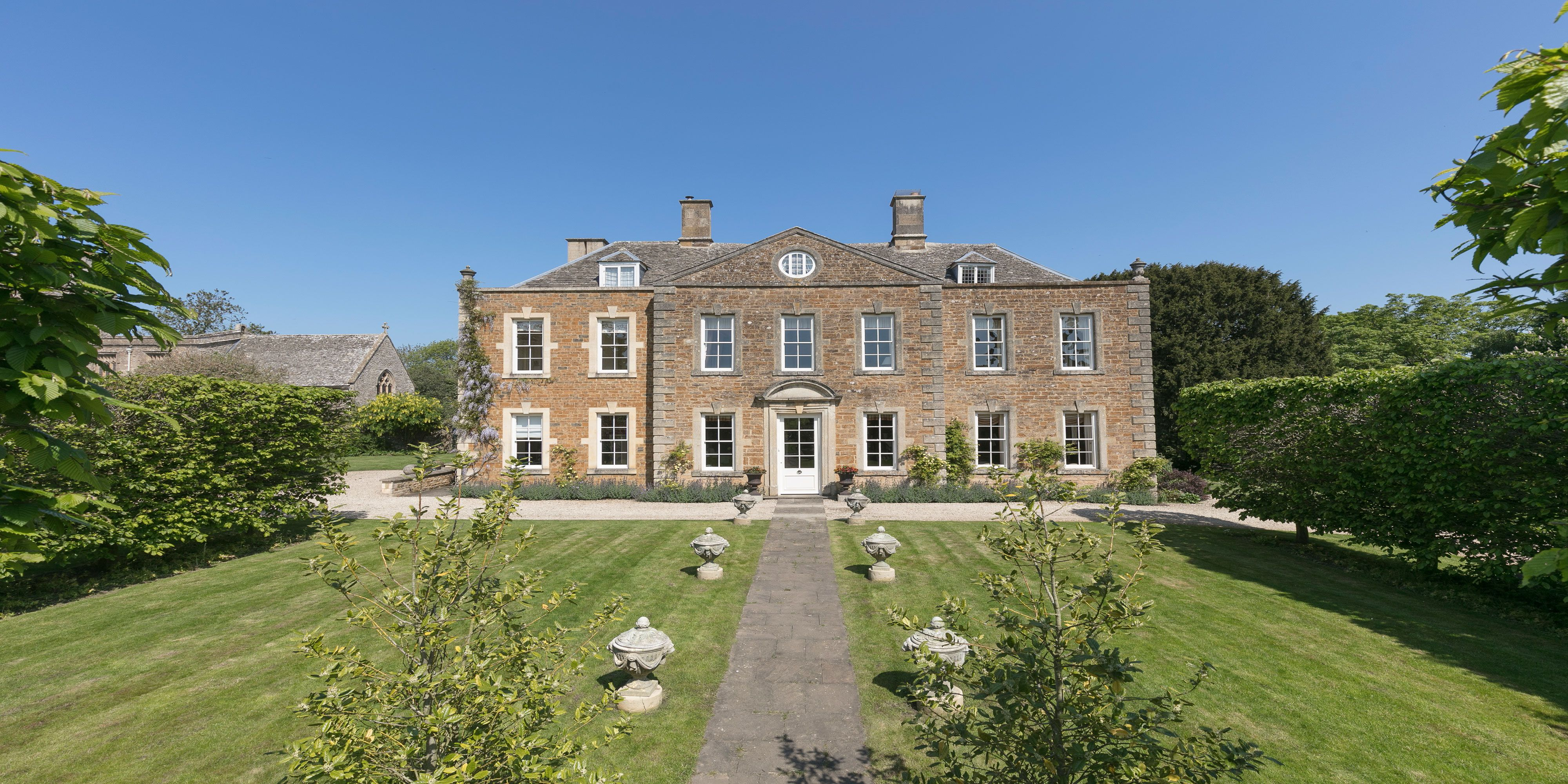 A beautiful Grade II-listed former rectory in the Warwickshire countryside