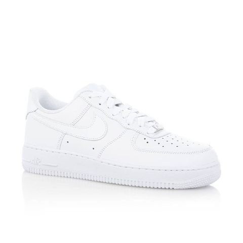 witte-sneakers-trend