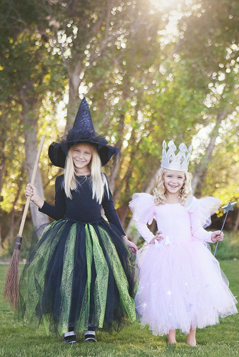 249100b8ec3 27 DIY Wizard of Oz Halloween Costumes for Dorothy, Scarecrow and ...