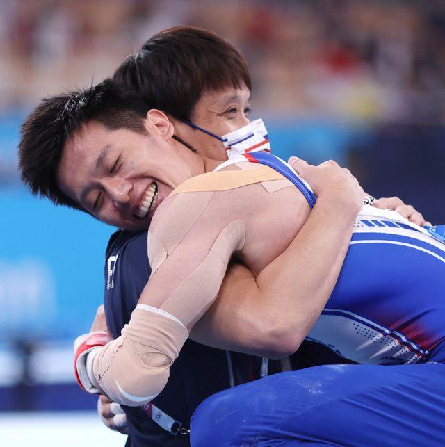 李智凱在東京奧運完美落地奪銀牌!收藏「鞍馬王子」李智凱奧運決賽的20個感人瞬間