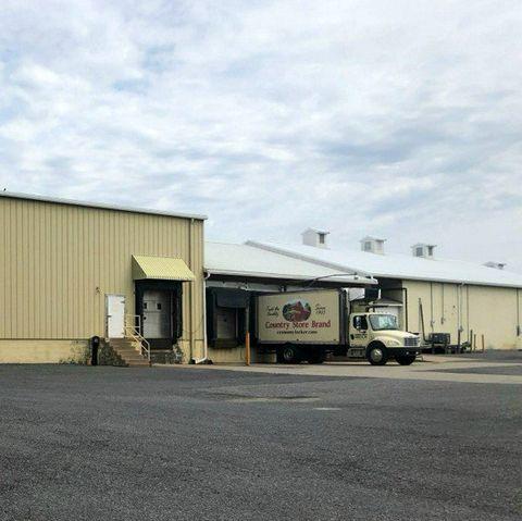 economy locker storage company