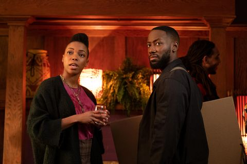 "woke    oaktown get down""   episode 105    keef and his friends head to an oakland artists' salon where he hopes to get in the good graces of the east bays artistic elite ayana sasheer zamata and keef lamorne morris, shown photo by liane hentscherhulu"