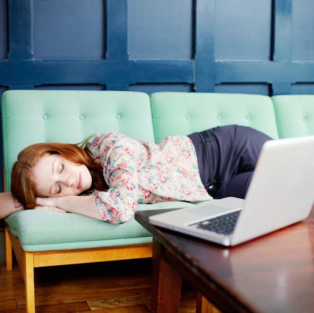在家工作千萬不要養成這5大壞習慣,不規律的生活不只影響健康,還會降低工作效率!
