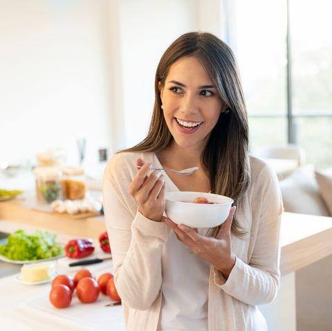Woman eating a healthy breakfast