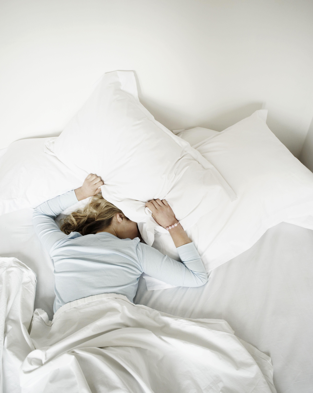目 が 決まっ 時間 覚める に た 5時に目覚める人は腸に問題あり?目覚める時間帯から分かる体のトラブル