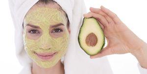 avocado-gezichtsmasker-tegen-droge-huid