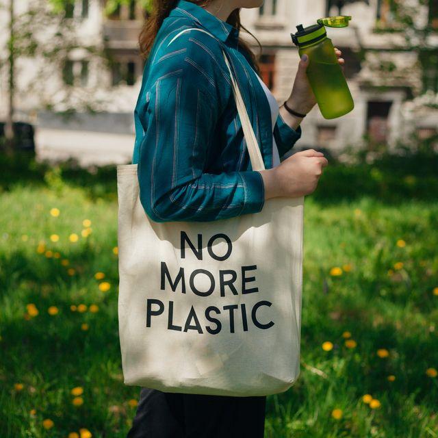 脱プラスチック! 注目素材を使ったサステナブルなファッションアイテム15選
