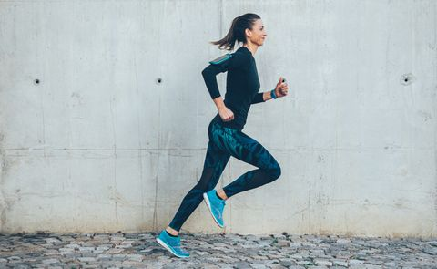 This Is the Proper Running Form for Beginners, According to a Running Coach