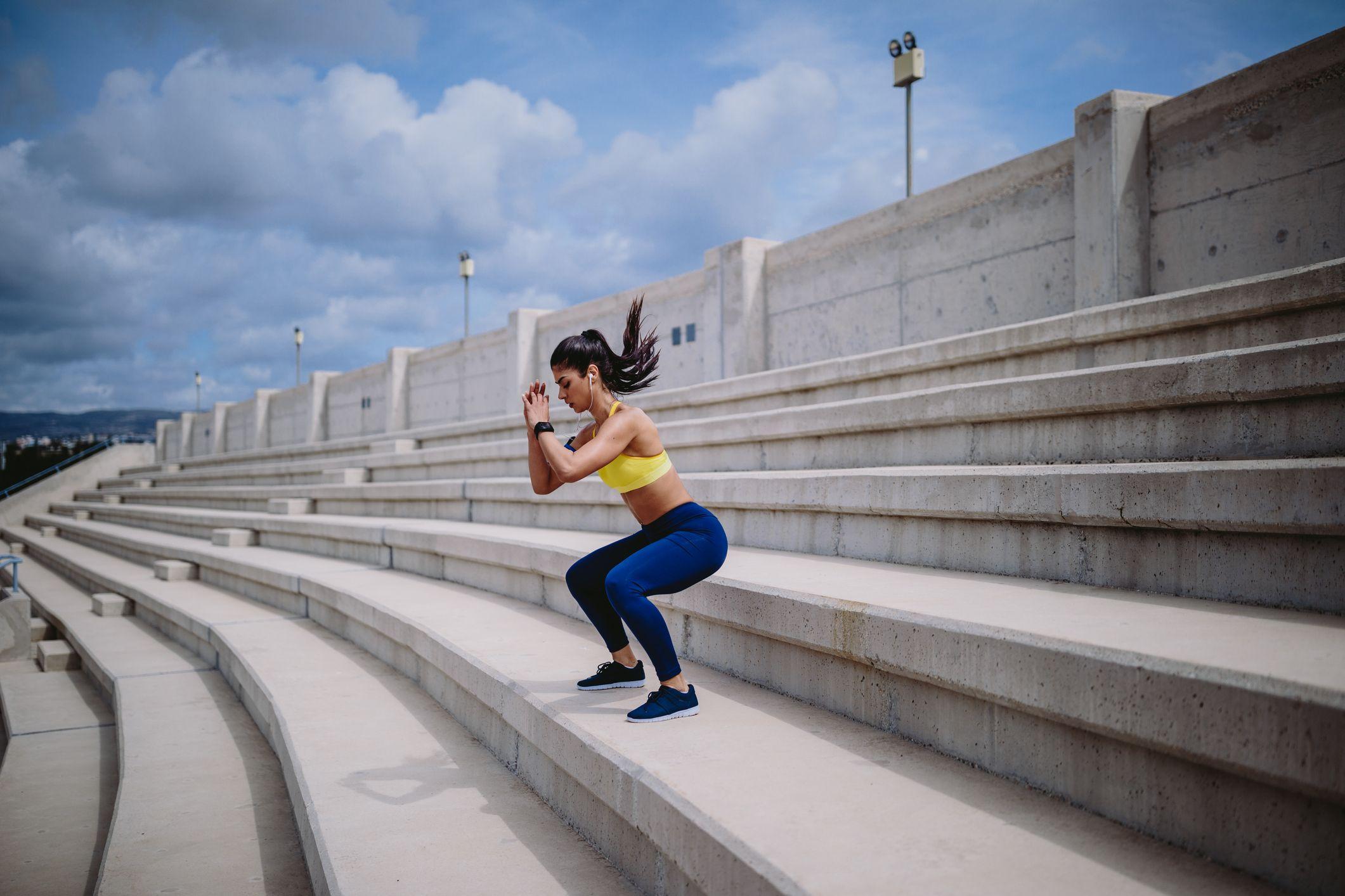 ¿Es la sentadilla profunda el ejercicio definitivo para tus glúteos?