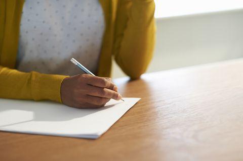 エクスプレッシブ・ライティングを使った自分への手紙の書き方