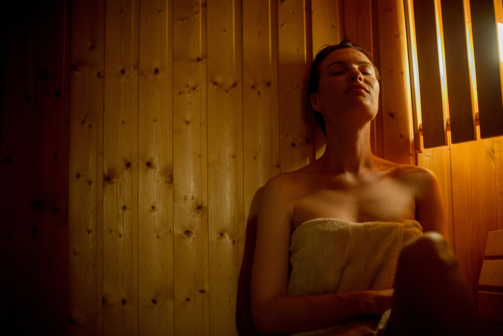 All the Reasons Why You Should Factor a Sauna Session into Your Wellness Routine