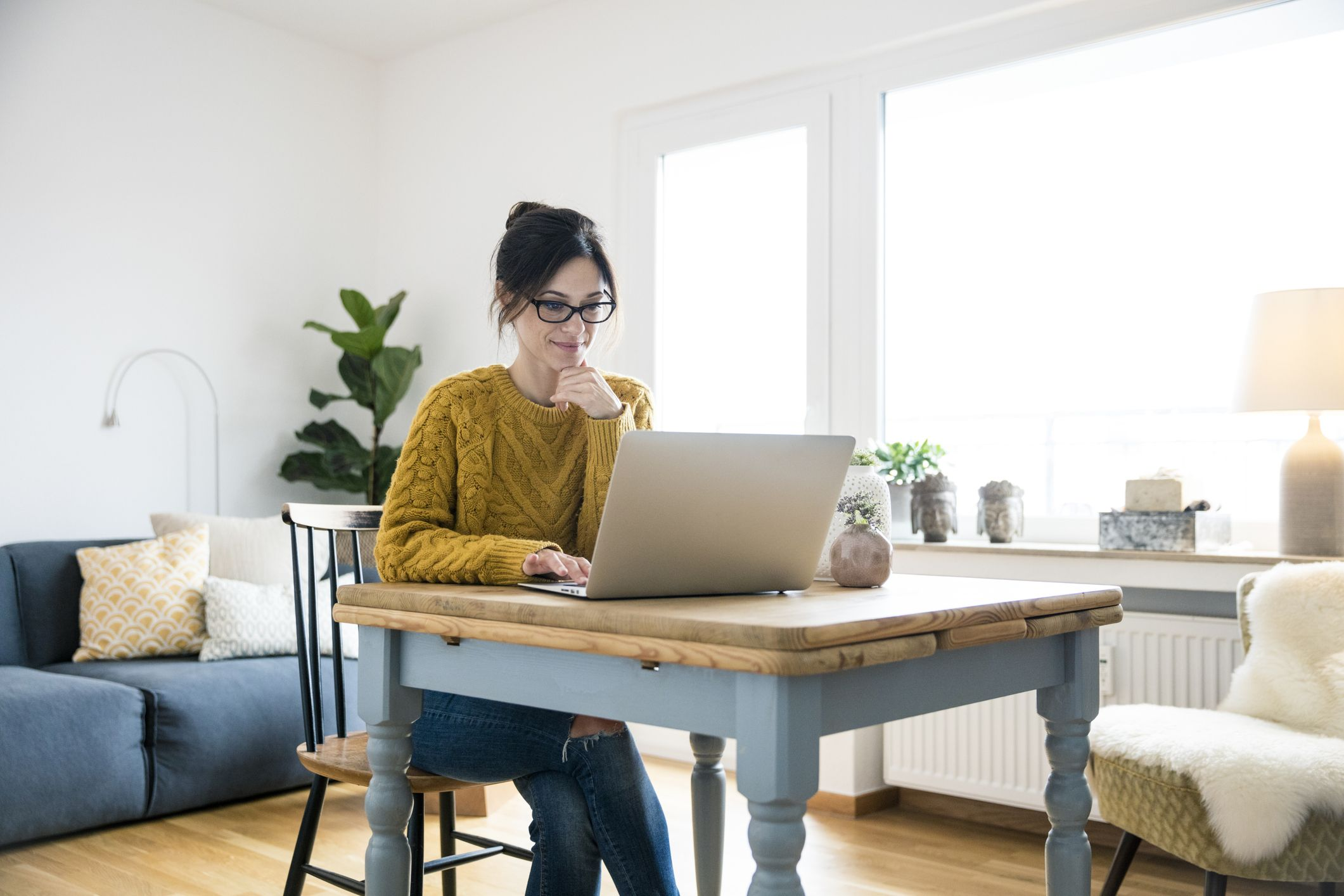 5 Best Office Chairs For Working From Home