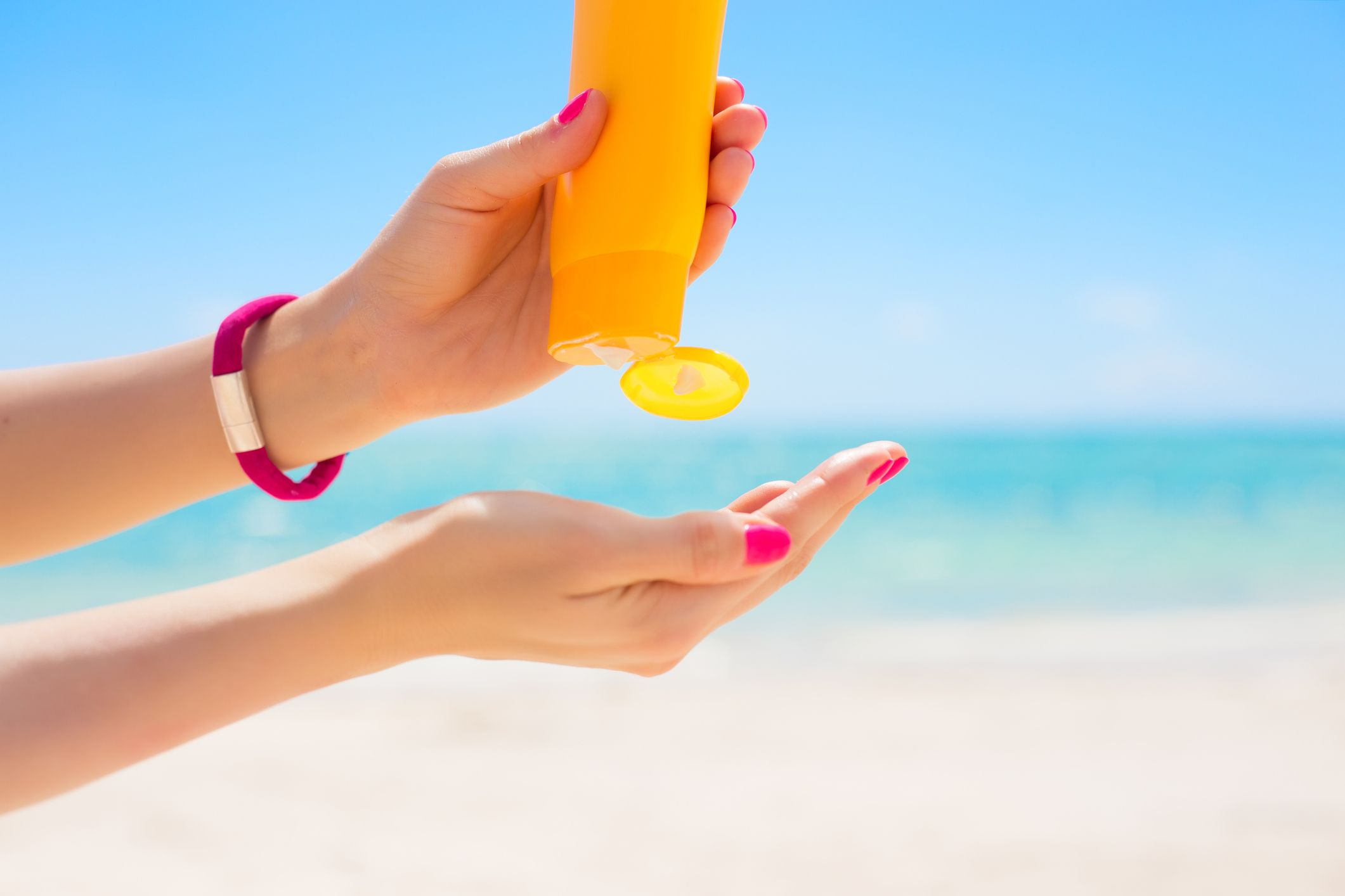 Is Oxybenzone Safe in Sunscreen? - Possible Oxybenzone Side Effects