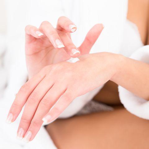 moisturize - self-tanning