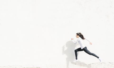 woman who runs with the white background