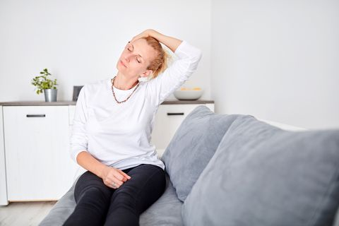 5招睡前運動 幫你解決失眠問題