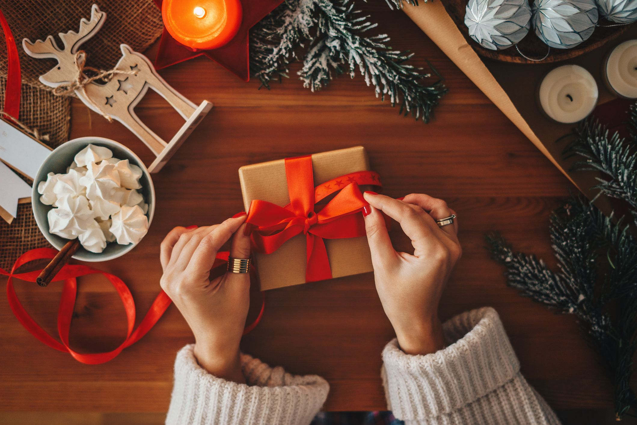 6 Christmas gifting apps to take the stress out of present buying