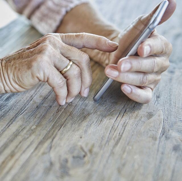 talking on the phone for 10 minutes a day can help beat loneliness, says new study