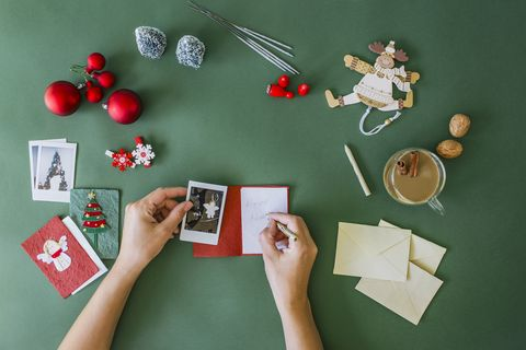 20 Best Christmas Card Messages - What to Write in a Christmas Card