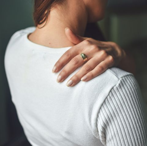 women and stiff shoulders