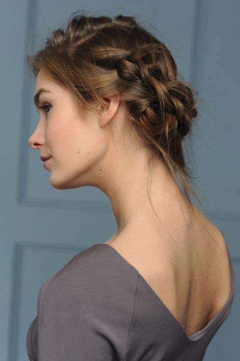 Hair, Hairstyle, Chin, Shoulder, Beauty, Chignon, Long hair, Neck, Brown hair, Bun,